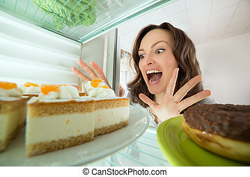 het kijken, taart, vrouw, koelkast