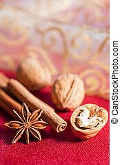 het leven van kerstmis nog, concept, met, walnoten, kaneel koekt aan, en, ster, anise.