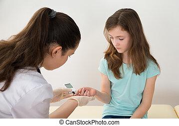 het meten, arts, niveau, suiker, bloed, meisje