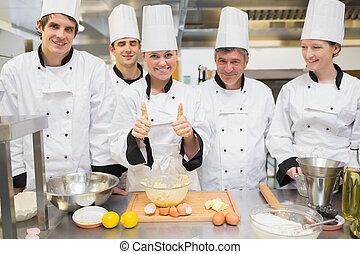het opgeven, stand, culinair, gebakje, leraar, duimen