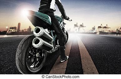 het reizen, man, paardrijden, groot, motorfiets, op, stedelijke straat
