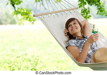 het rusten, vrouw, hangmat, jonge