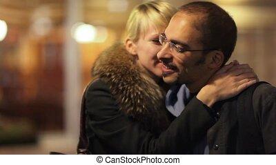 het spreken van de man en van de vrouw, en, omhelzen, op,...
