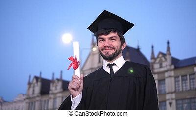 het tonen, diploma, afgestudeerd, uitrusting, camera.,...