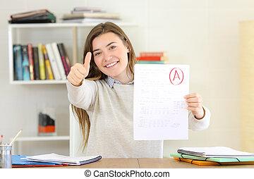 het tonen, trots, goedgekeurd, student, examen
