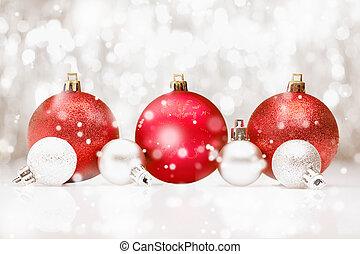 het vallen, baubles, sneeuw, kerstmis