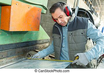 het werken, workshop, arbeider, fabriek, man