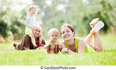 heureux, été, parc, famille, quatre