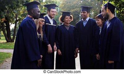heureux, étudiants, dans, mortier, conseils, à, mains,...