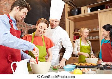 Images et photos de toqu 5 016 images et photographies for Cuisinier vegetarien