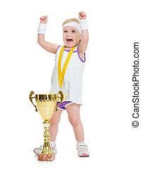 heureux, bébé, dans, tennis, vêtements, à, médaille, et, gobelet, réjouir, reussite