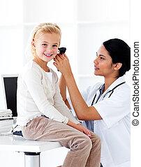 heureux, bilan santé, peu, assister, girl, monde médical