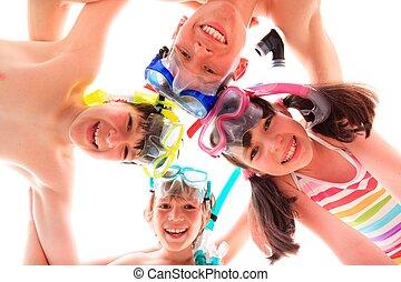heureux, enfants, à, snorkels