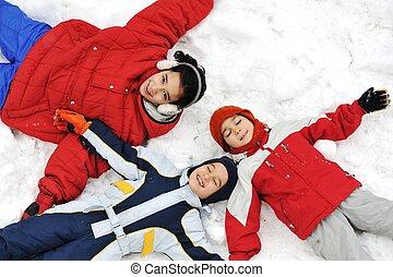 heureux, enfants, neige