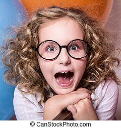 heureux, girl, mouth., s'ouvrir étonnant, lunettes