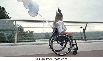 heureux, handicapé, maman, girl, anniversaire, marche