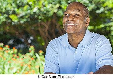 heureux, homme aîné, américain, africaine