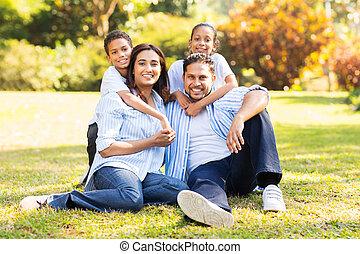 heureux, indien, famille herbe, séance