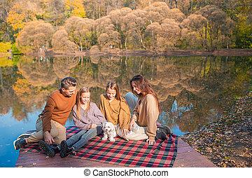 heureux, jour, famille, automne, portrait