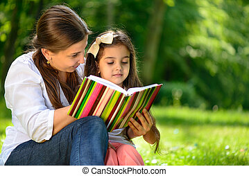 heureux, livre, latino, famille, lecture