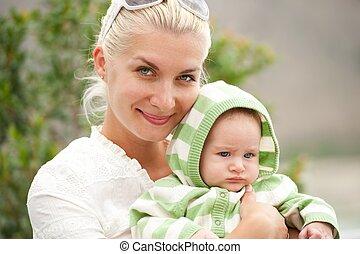 heureux, mère, elle, enfant