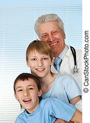 heureux, malades, bon, caucasien, docteur