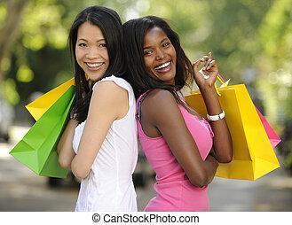 heureux, multiethnic, amis, achats
