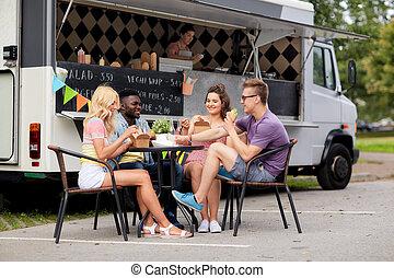 heureux, nourriture, manger, camion, boissons, amis