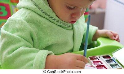heureux, papier, dessine, brosse, enfant