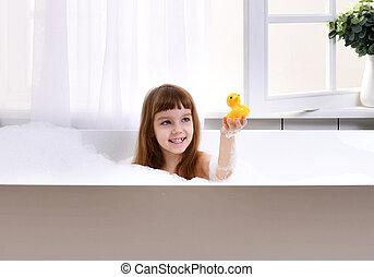 fille dans la douche