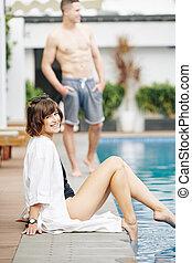 heureux, séance, piscine, femme, beau