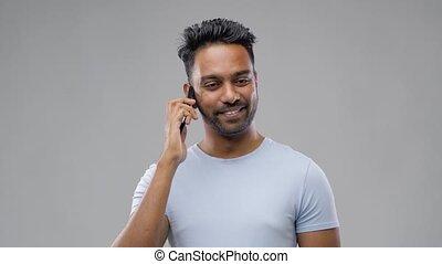 heureux, smartphone, indien, homme, appeler