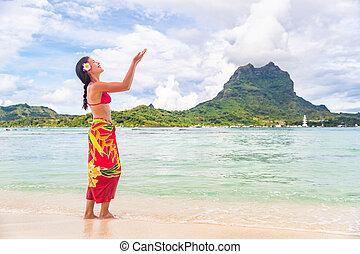 heureux, traditionnel, otemanu, danse, devant, bora, partie., apprentissage, hula dansent, plage, polynésie, luau, polynésien, danseur, hawaï, tahiti, femme, francais, touriste, asiatique, mt