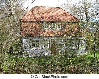 hidden villa