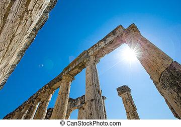 Hierapolis ancient city ruins, North Roman Gate, Pamukkale, ...