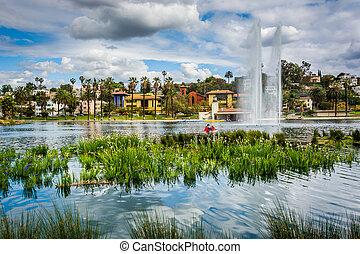hierbas, y, un, fuente, en, eco, parque, lago, en, los...
