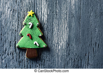 christmas cookie in the shape of a christmas tree