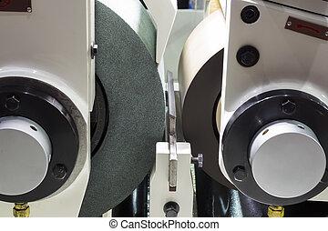 high precision centerless grinding CNC machine