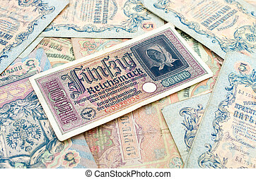 High resolution photo of very old banknotes (1898-1909)