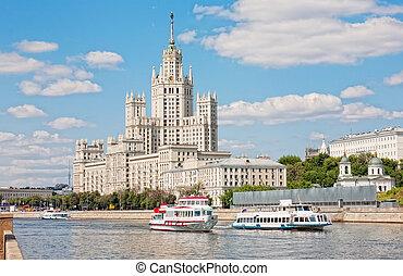 high-rise, gebouw, op, kotelnicheskaya, dijk, in, moskou,...