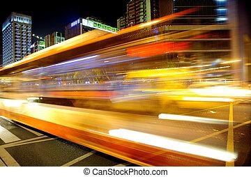 high-speed, køretøjene, på, urban, veje, nat hos