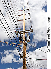 High Voltage Lines - Traditional above ground high voltage ...