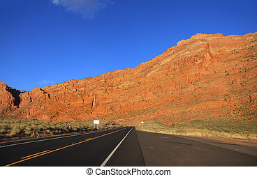 High way through desert - Scenic high way through the desert