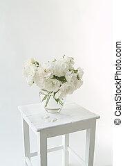 Bouquet of Iceberg roses