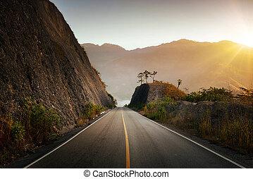 Highland Highway in Central America. - Highland Highway in...
