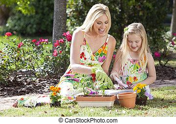 hija, mujer, jardinería, plantación, y, niña, madre, flores