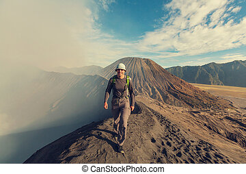 Hike in Indonesia - Hike in Bromo volcano