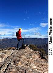 hiker, admirar, montanha, vistas