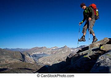 hiker, montanha, mochila, montanhas altas
