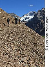 hikers, em, a, canadense rochoso